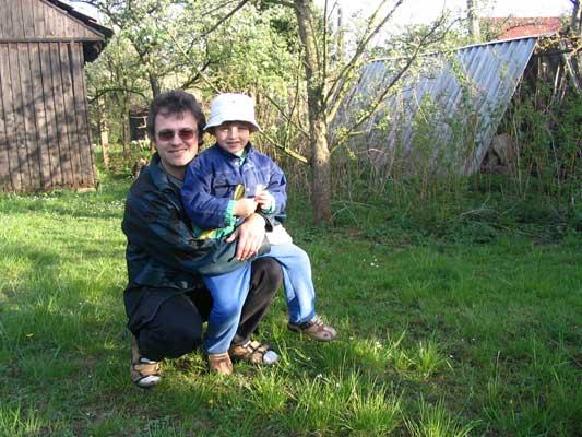 já s mladším miminkem