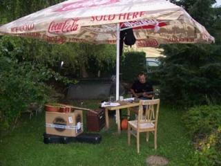 Pavel Sudík - 3.8.2009 - zkouška na zahradě. Zrovna lilo